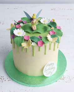 Buttercream drip cakes are a great choice for any celebration. Tinkerbell Birthday Cakes, Garden Birthday Cake, Birthday Drip Cake, 6th Birthday Cakes, Birthday Cake Girls, Birthday Cake Disney, Princess Birthday, Tinkerbell Party, Birthday Cakes For Children