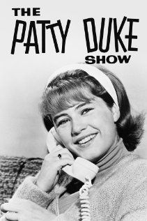 The Patty Duke Show.when I was four I would pretend I was Patty Duke.omg does that bring back memories. Photo Vintage, Vintage Tv, Vintage Horror, Vintage Movies, Vintage Beauty, Vintage Style, Patty Duke Show, Radios, Mejores Series Tv