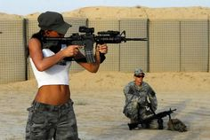 Machine Gun Girl | Hot Girls with Weapons Pictures Gallery: Tough Girl With Machine Gun ...