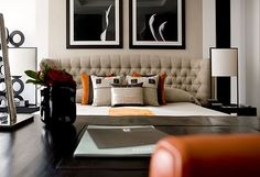When homeowners invite guests and company into their home typically the first thing that visitors see is the living room, or family room, of the house. Unless there is a foyer before the living roo… Living Room Inspiration, Interior Design Inspiration, Design Ideas, Cozy Living Rooms, Living Room Decor, Living Area, Living Spaces, Kelly Hoppen Interiors, Mocca