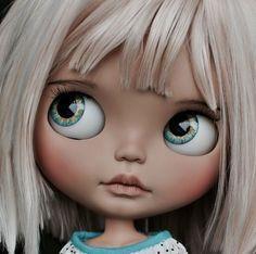 Ooak Dolls, Blythe Dolls, Cute Canvas, Little Designs, Fairy Dolls, Barbie, Illustrations And Posters, Custom Dolls, Doll Face