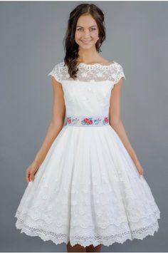 a6ecef649517 Svatební šaty Retro šaty Vintage krajka Folklor Bavlněná krajka Ozdobná  bordura Satén saténový pásek květiny kolová sukně spodnička handmade ruční  výroba ...