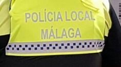 Por fin, la *Polícia de Málaga tiene unos chalecos antibalas en condiciones.  http://www.gonzoo.com/actualidad/story/los-nuevos-chalecos-antibala-de-la-policia-de-malaga-vienen-con-errata-de-serie-4410/