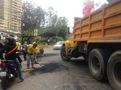 Alcaldía Los Salias realiza trabajos de asfaltado en diversos sectores del Municipio