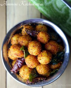 Ammini Kozhukattai Spicy - The teeny tiny spicy rice dumplings make a quick snack or a light meal. Savory Snacks, Quick Snacks, Easy Indian Recipes, Ethnic Recipes, Spicy Rice, Red Chili Powder, Rice Balls, Steamed Rice, Curry Leaves