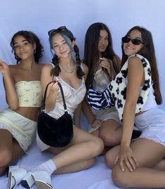 Cute Friend Pictures, Best Friend Pictures, Bff Goals, Best Friend Goals, Summer Outfits, Cute Outfits, Retro Outfits, New Outfits, Cute Friends