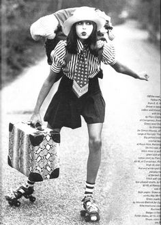 vintage everyday: 30 Interesting Vintage Photos of Roller Skating Girls