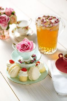 Royal Albert china, little cakes and macaroons #crockery #cakes