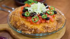 Siri Daly joins Kathie Lee Gifford and co-host Jenna Bush Hager to make a two dishes that can feed the entire family and is baked in one dish: Taco pie casserole and butternut squash enchilada casserole. Taco Pie Recipes, Easy Casserole Recipes, Mexican Food Recipes, Cooking Recipes, Easy Recipes, Cooking Tips, Chicken Recipes, Healthy Recipes, Quesadillas