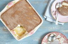 Tiramisu | #ReceitaPanelinha: Graças ao mascarpone, um tipo de queijo bem cremoso, esta clássica sobremesa italiana é levíssima. Você pode até caprichar um pouco mais no rum!