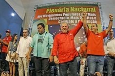 """Ricardo Stuckert / Instituto Lula  REFORMA POLÍTICA/DEMOCRATIZAÇÃO DOS MEIOS/CONGRESSO/UNIÃO DAS ESQUERDAS/INCLUSÃO DIGITAL AMPLA JÁ!                          Brasil, mudanças: agora, ou agora!   Ou então correrá o risco de ser atropelado pelo tosco, velho e corroído bonde de uma sinistra e recente história.  """" Reforma política e democratização da mídia são prioridades para evoluirmos. Não é possível fazer uma reforma política completa com o Congresso atual, com itens como a votação…"""