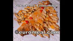 Gebackener Weihnachtsbaum pikant gefüllt- euromeal.com Vegetables, Food, Xmas Trees, Xmas, Food Food, Baking, Veggies, Essen, Vegetable Recipes