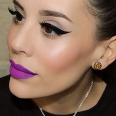 Purple lips are so beautiful omgash  And these winged eyeliner is so perfect, i'm dying