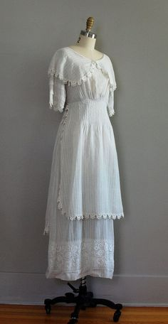 edwardian dress   Edwardian tea dress in traditional white cotton lawn with woven ...