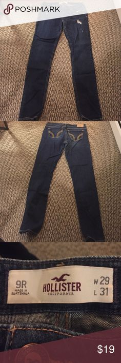 Hollister jeans size 9R W29 L31 Like new barely worn size 9 stretchy Hollister Jeans Skinny