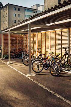 Tout à sa place et en toute sécurité : chez nous, vous trouverez des abris à vélos adaptés à toutes les exigences et à tous les lieux. Nous vous proposons des conseils personnalisés.