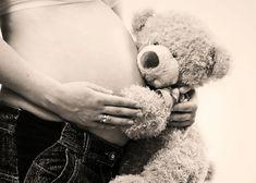 17 Clever DIY Pregnancy Photos I Wish I'd Taken
