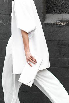 Crisp Structured All White | Minimal | HarperandHarley