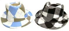 These stunning hats measure apptoximately 19 inches around the base from the inside.  Recommended age ~ 2-10 T  Black & white  Blue & Green  $9