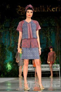 Model Baju Batik Keris Wanita Modern Terbaru