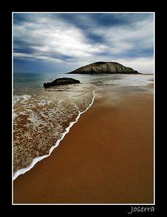 Covachos beach, Liengres, Cantabria_ Spain