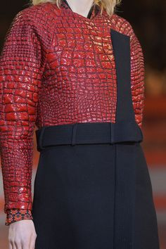 mulberry-cookies:  Kenzo Fall 2013 (details)   Haute Couture blog :)