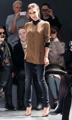 Skinny black jeans + high heels + a formal top = Effortlessly chic -Victoria Beckham Photo - Victoria Beckham Shows at New York Fashion Week
