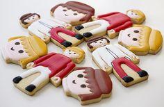 Postreadicción galletas decoradas, cupcakes y pops: Fiesta Playmobil - cookies Fondant Cookies, Galletas Cookies, Cupcakes, Fun Cookies, Cookie Decorating Icing, Harry Birthday, Birthday Parties, Iced Sugar Cookies, Iced Biscuits