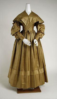 Dress with shawl  American 1838. Silk.