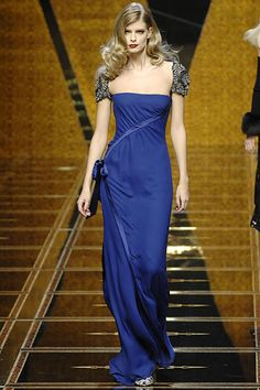 Sfilata Valentino Parigi - Collezioni Autunno Inverno 2007/2008 - Vogue