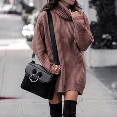 Black thigh high boots outfit with camel oversized sweater and JW Anderson Pierce bag. Image ©️️LolarioStyle Black thigh high boots outfit with camel oversized sweater and JW Anderson Pierce bag. Casual Winter Outfits, Winter Fashion Outfits, Look Fashion, Stylish Outfits, Fall Outfits, Autumn Fashion, Winter Dresses, Fashion Clothes, Autumn Casual