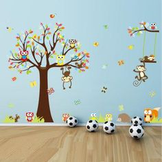 Sticker Les petits singes jouent sur les arbres - ambiance-sticker.com