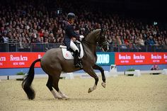 Charlotte Dujardin sets new freestyle world record at Olympia [VIDEO] - Horse & Hound