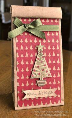 más y más manualidades: Convierte las bolsas de papel kraft en bellas bolsas de regalos navideños.
