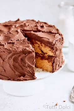Layer cake dreams are made of Nutella swirl layer cake! This delicous cake features swirls of Nutella and plenty of silky Nutella frosting! Baking Recipes, Cookie Recipes, Dessert Recipes, Dessert Ideas, Layer Cake Recipes, Cheesecake Recipes, Layer Cakes, Nutella Frosting, Cake Recipes
