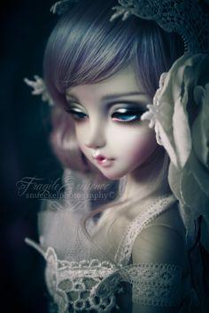 puppet:  La Bella~ (by 。°✿fragile✥existence✿°。)