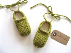 Hand knit baby booties with ankle ties. Green merino wool.