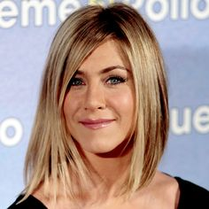 Jennifer Aniston Short Hair Pictures | Jennifer Aniston's One-Length Bob - The 9 Sexiest Spring Haircuts ...