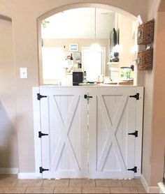 Double Door Rustic Barn Door Style Baby / Dog Gate - July 25 2019 at Barn Door Baby Gate, Barn Door Decor, Diy Barn Door Hardware, Pet Gate, Baby Door, Bathroom Hardware, Door Hinges, Interior Barn Doors, Home Interior