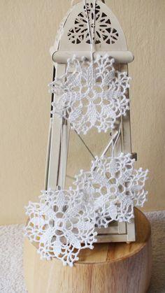 White crochet snowflake  Christmas ornaments by HelenKurtidu