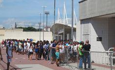 BotafogoDePrimeira: Mais postos de venda são abertos, e torcida do Bot...