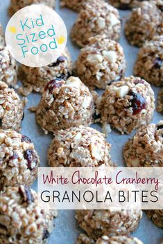 This variation on basic granola bites is sweet, crunchy, and full of good-for-you ingredients like oatmeal and flaxseed.a perfect kid-sized snack food. Milk Chocolate Chip Cookies, Chocolate Granola, White Chocolate, Protein Snacks, Healthy Snacks, Protein Ball, Healthy Recipes, High Protein, Protein Power