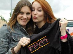 The beauties Floor Jansen and Simone Simons advertise a t-shirt with a logo designed by me! (Rock & Metal World Magazine)