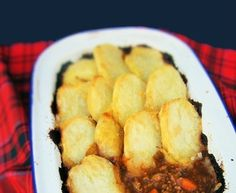 Rita's Scottish Tablet - Recipe from myTaste Scottish Tablet Recipes, Brown Sugar Fudge, Scottish Dishes, Cake Stall, Lemon Pasta, Cottage Pie, Vanilla Flavoring, Cookies And Cream, How To Make Bread