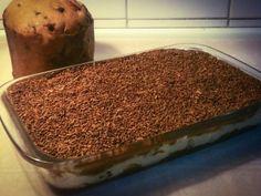 O Pavê de Natal (com Chocotone) é uma sobremesa que não pode faltar na sua ceia, pois é prática, deliciosa e vai agradar toda a família. Não perca!