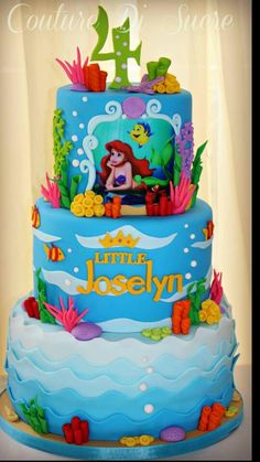 Beyond Perfect Princess Birthday Party Ideas to Inspire Little Mermaid Birthday Cake, Little Mermaid Cakes, Little Mermaid Parties, Sirenita Cake, Ariel Cake, Disney Princess Birthday, Disney Princess Cakes, Princess Party, Cupcakes