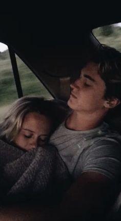 Beaux Couples, Cute Couples Photos, Cute Couple Pictures, Cute Couples Goals, Couple Pics, Couple Quotes, Love Couple, Love Pics, Couple In Car