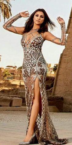 Parineeti Chopra Stunning Stills for Hello Magazine June Issue 2017 Hello Magazine, Parineeti Chopra, Evening Dresses, Formal Dresses, Indian Celebrities, Bollywood Actors, Actress Photos, Desi, Classy