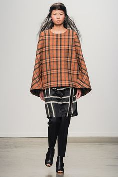 A Détacher Fall 2014 Ready-to-Wear Collection (This coat is absolutely gorgeous. Maybe in an other material for me, but still.)