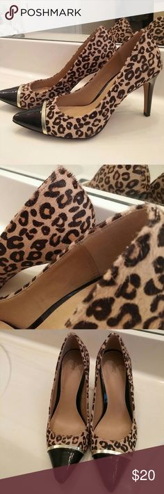Leopard Heels fur detail Has Fur like leopard detail Inside says Dyed Calf Fur/ Man-made Wore once for 3 hours. EUC Apt. 9 Shoes Heels